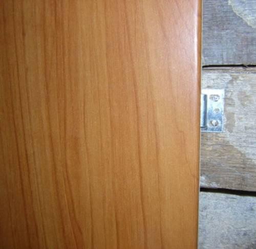 Шпонированные стеновые панели: как выбрать декор для стен из шпона, что стоит помнить при отделке, и какие техники монтажа существуют