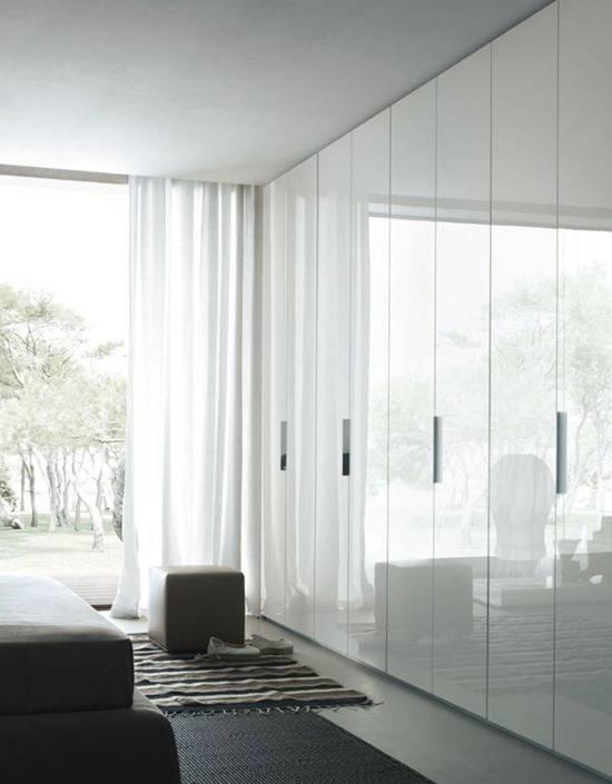 Белый шкаф купе в спальню: 22 фото готового дизайна