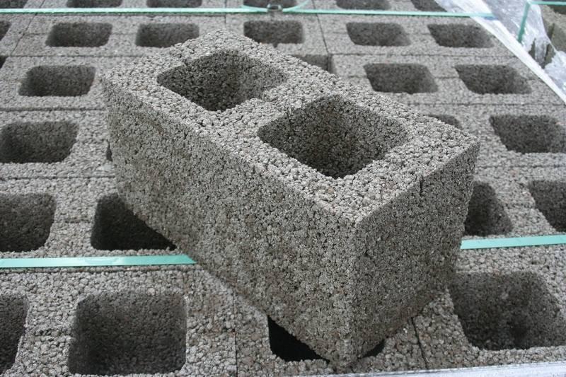 Кладка керамзитобетонных блоков своими руками: пошаговая инструкция. расход раствора на кладку керамзитобетонных блоков :: syl.ru