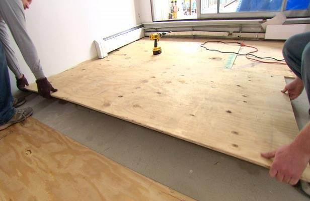 Как правильно стелить линолеум на бетонный пол?