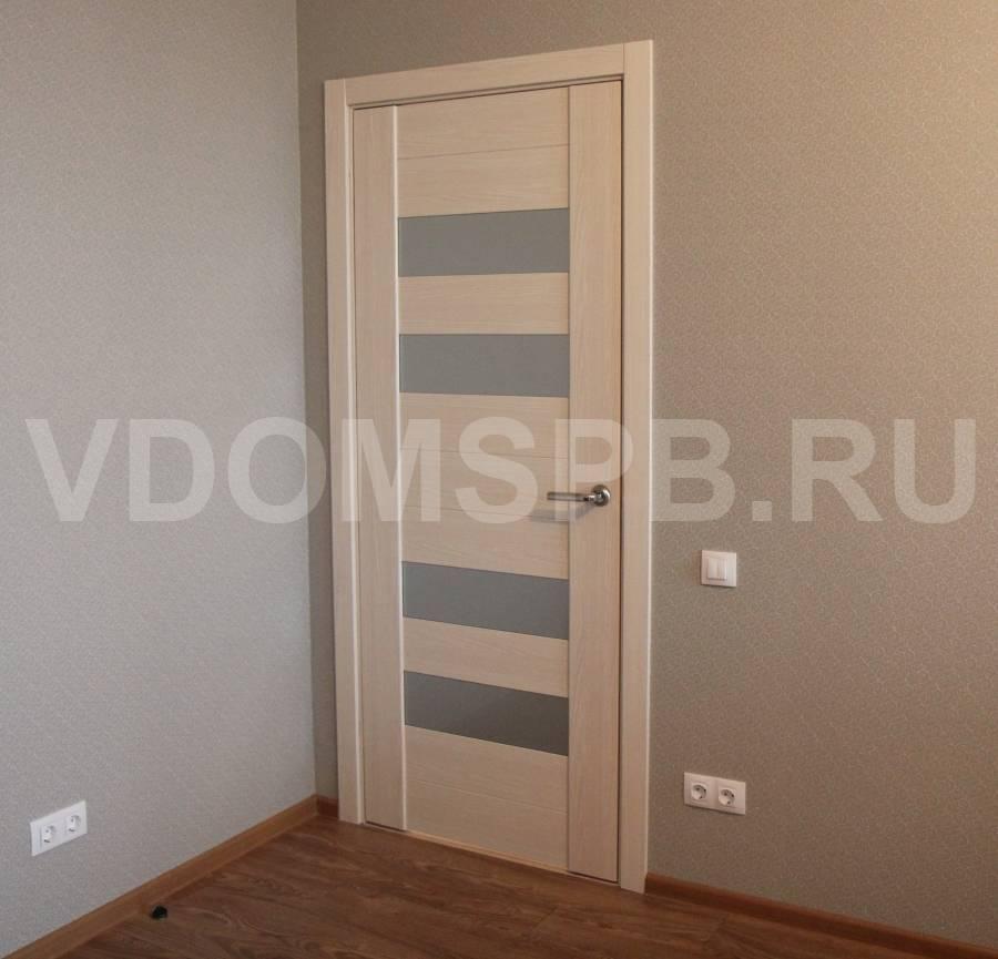 Белые плинтусы и белые двери в различных интерьерах - фотообзор