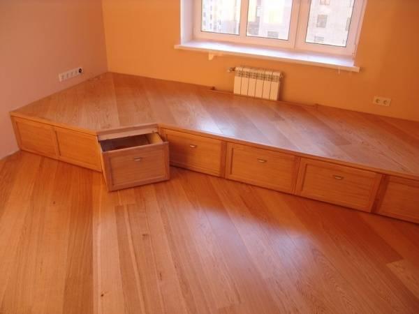 Кровать-подиум своими руками: разновидности, инструкции по сборке