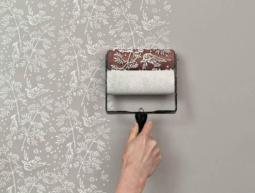 Каким валиком красить потолок водоэмульсионной краской: особенности выбора