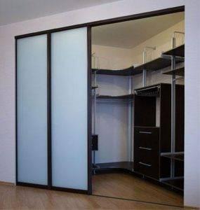 Выбираем гардеробную систему хранения вещей