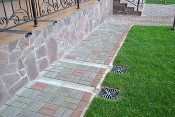 Учимся правильно укладывать тротуарную плитку