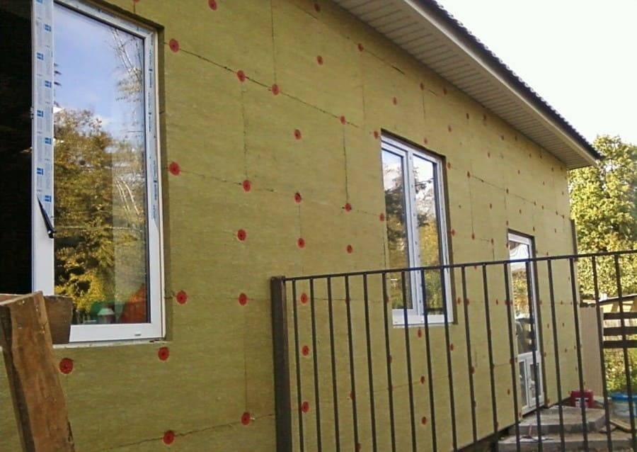 Теплая штукатурка для фасада: технология утепления своими руками, технические характеристики фасадного утеплителя