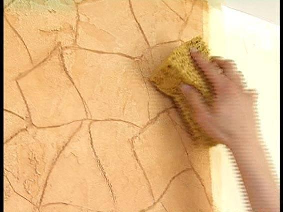 Декоративная штукатурка своими руками — изготовление и технология нанесения основных видов декоративных штукатурок