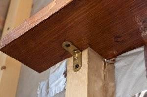 Подоконники из дерева - преимущества и недостатки, монтаж деревянных подоконников своими руками
