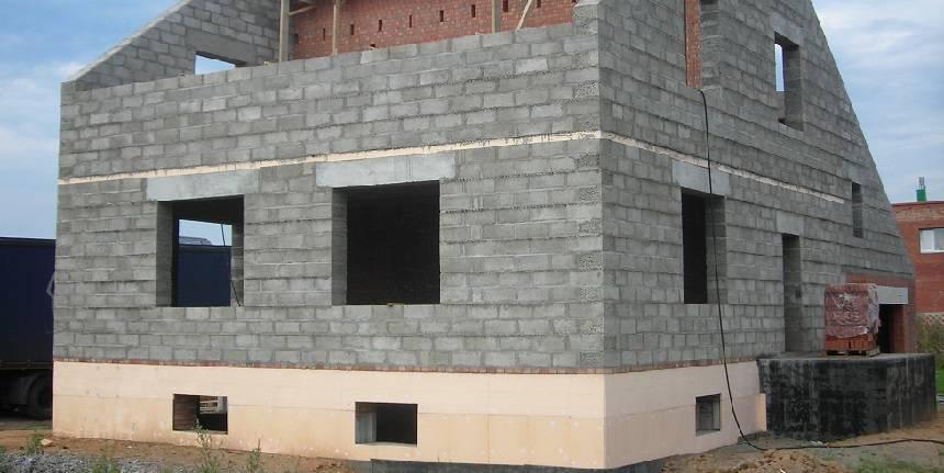 Дача из керамзитобетонных блоков: этапы строительства