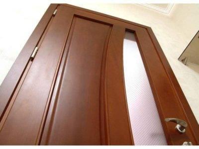 Как отреставрировать межкомнатные двери?