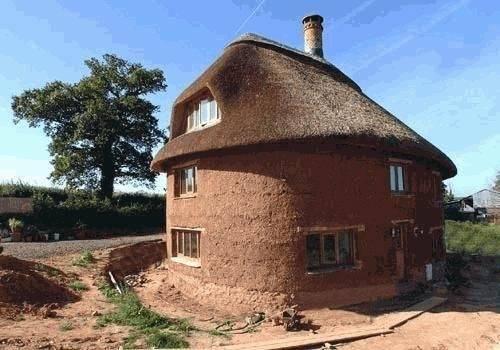 Глинобитные дома: технология строительства землебитных домов