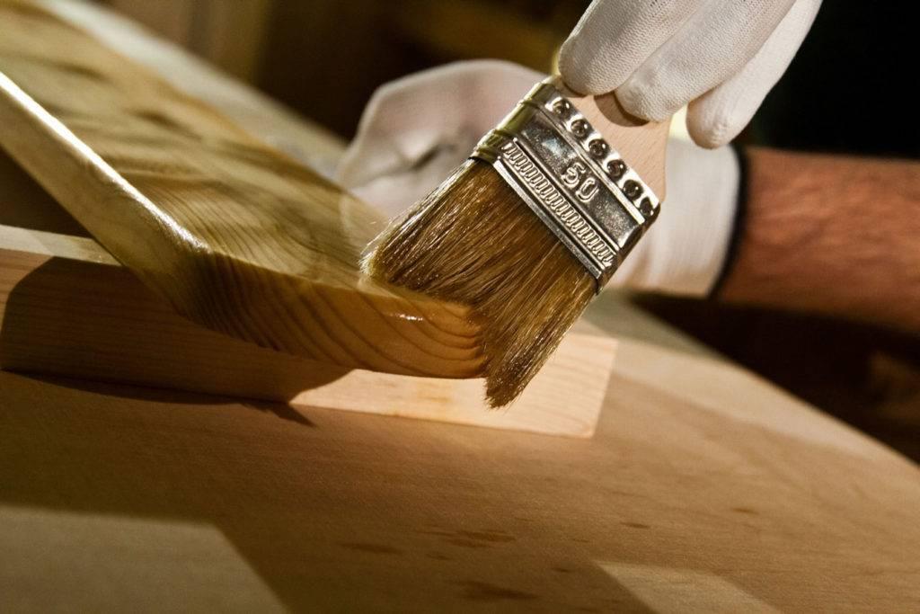 Акриловый лак: свойства и применение