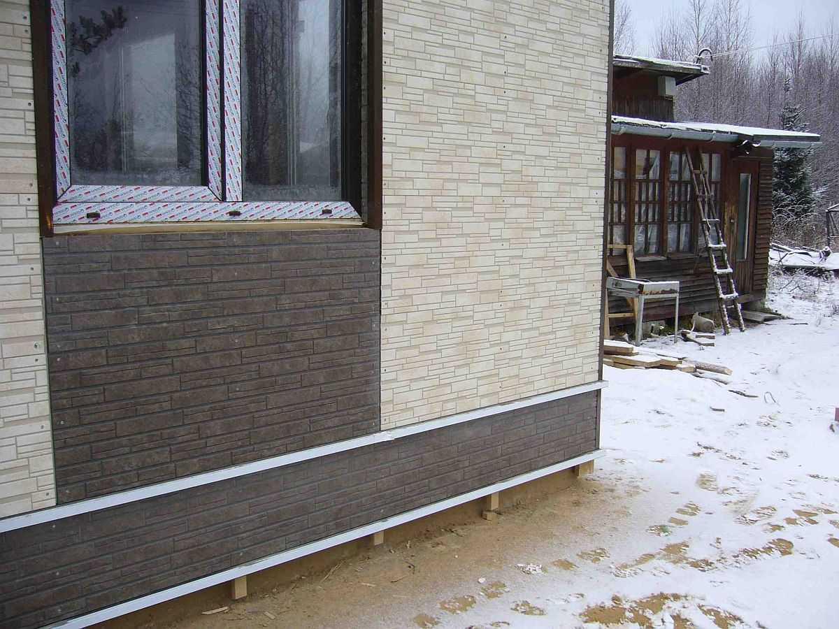 Чем отделать дом снаружи из пеноблоков: видео-инструкция по монтажу своими руками, фото