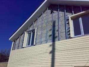 Процесс самостоятельной установки сайдинга на фасад деревянного дома