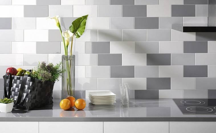 Укладка напольной плитки на кухне: делаем своими руками