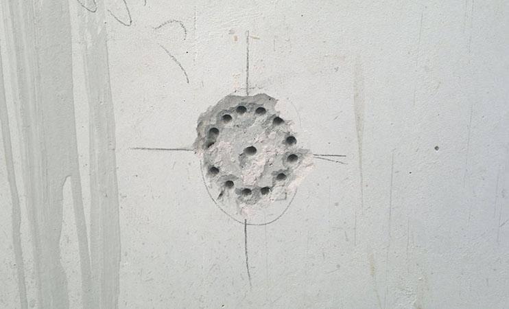 Установка подрозетников: хитрости установки коробки под розетку