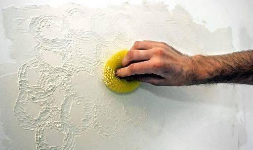 Рельефная штукатурка своими руками: нанесение декоративного материала на стены (фото)