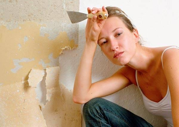 Почему возникают дефекты на обоях и как исправить недостатки?
