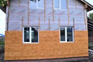 Обшивка стен при помощи имитации бруса: этапы работы