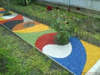 Декоративный цветной щебень для ландшафтного дизайна: фото