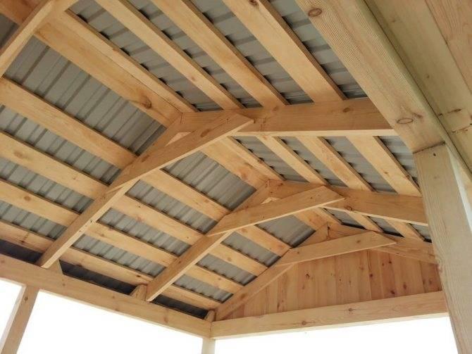 Двухскатная крыша беседки: инструкции и примеры с фото