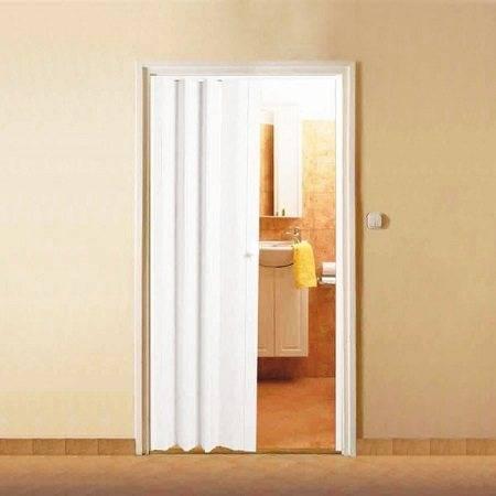 Установка двери-гармошки: как установить своими руками, монтаж межкомнатных раздвижных дверей модели «книжка», инструкция по креплению металлических и пластиковых вариантов