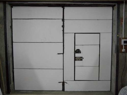 Утепление ворот гаража пенопластом своими руками