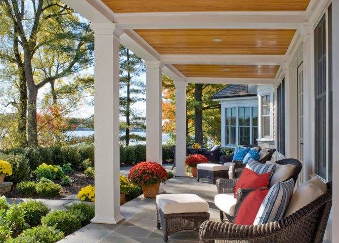 Проекты домов с верандой и террасой под одной крышей: готовые и типовые, фото, каталог