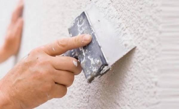 Шпаклевка по бетону: как своими руками шпаклевать стены, пол, потолок, правильно выполнить отделку под обои, покраску или обшивку, а также виды материалов и советы
