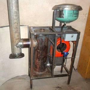 Делаем печь на отработанном масле для дачи своими руками