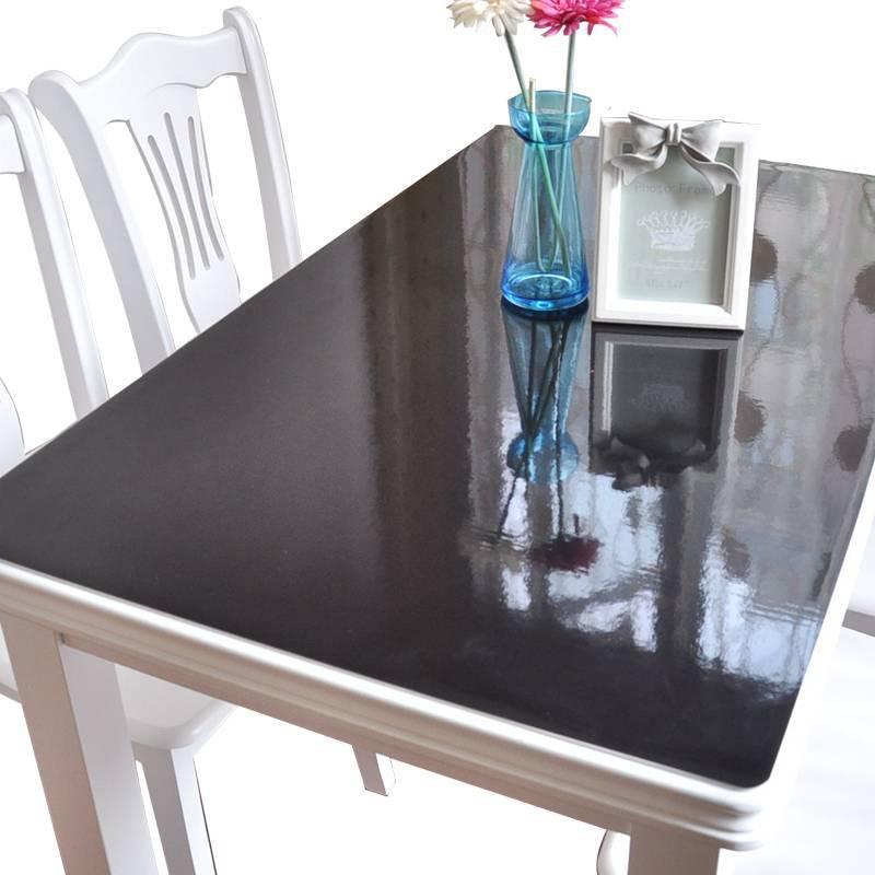 Защитные прозрачные клеенки для стола: преимущества, разнообразие, производители, рекомендации