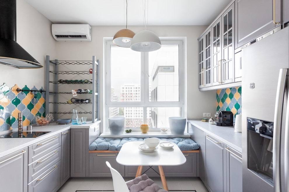 Кухня с мойкой у окна — преимущества и недостатки