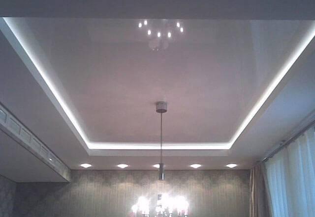 Потолок с подсветкой по периметру (33 фото): как сделать своими руками, подсветка под потолочным плинтусом