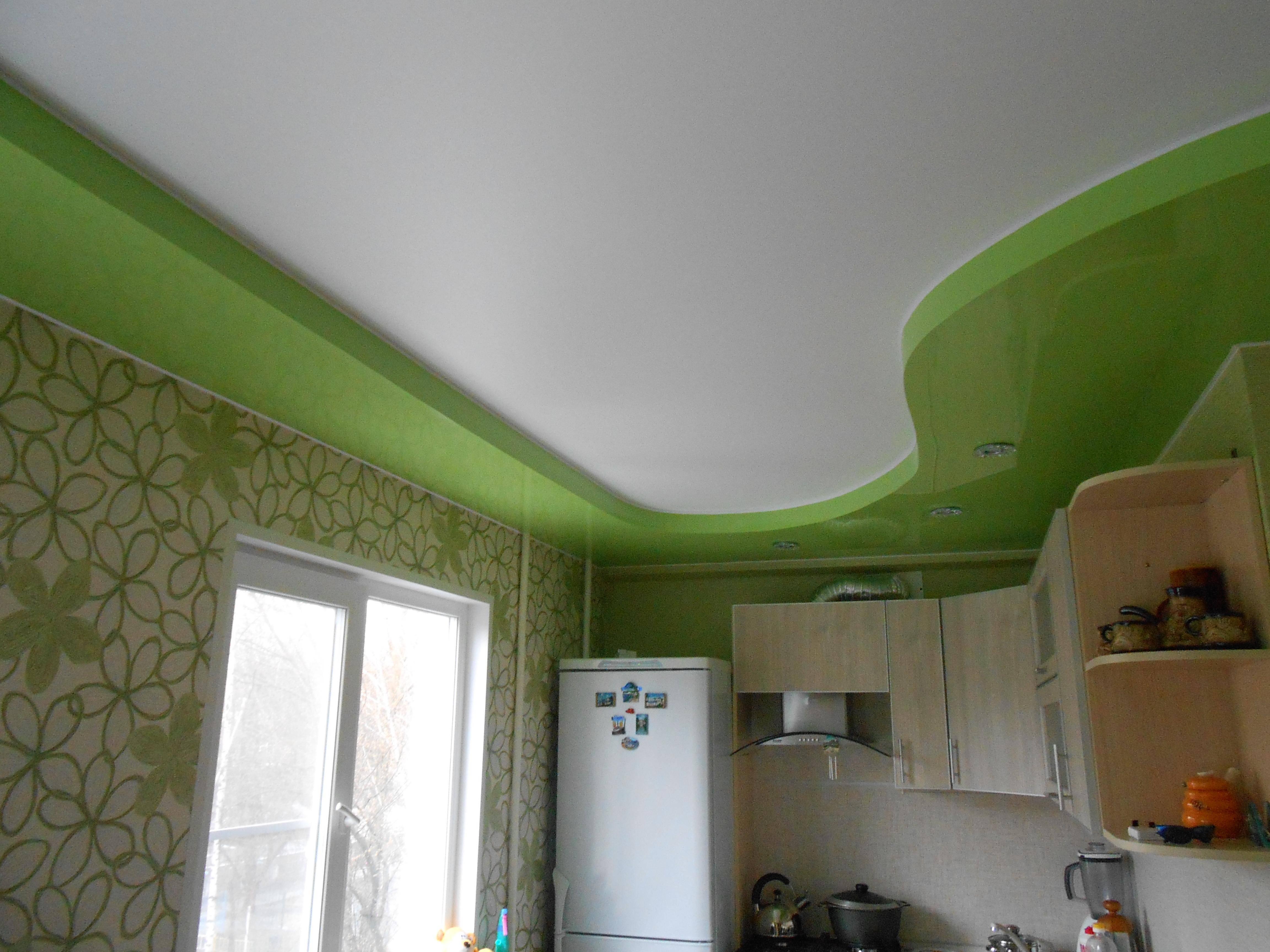 Натяжные потолки пвх или тканевые полотна: что лучше