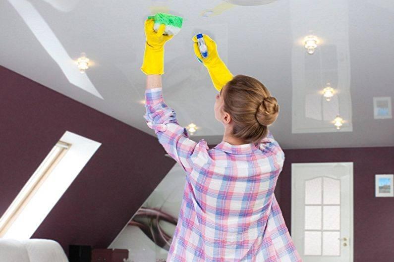 Как помыть натяжной потолок матовый без разводов в домашних условиях? как правильно ухаживать, уход - чем и как можно почистить