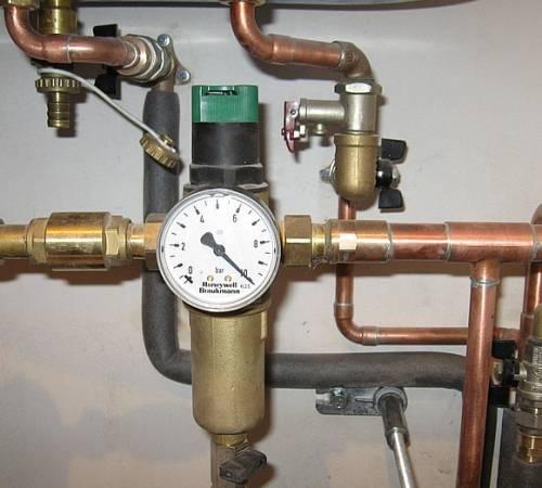 Регулятор давления в системе водоснабжения: виды и установка