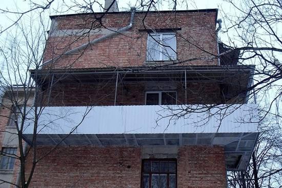 Расширение балкона (47 фото): разрешения на увеличение квартиры в хрущевке по основанию плиты за счет балкона на 30 см, проекты