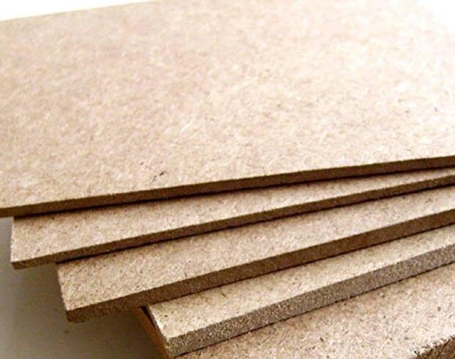 Лдсп: что это за материал, расшифровка аббревиатуры, какие бывают виды листов, их плотность, толщина, вес и другие габариты, преимущества перед другими плитами