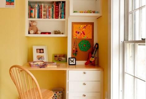 Письменный стол для двоих детей (78 фото): детские модели для школьников, расстановка вдоль окна