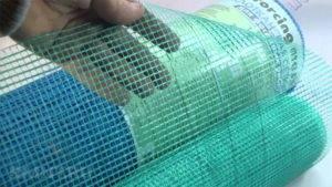 Для чего нужна армирующая сетка под штукатурку?