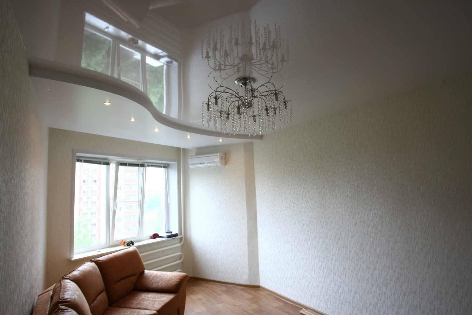 Что сначала: натяжные потолки или обои? что делают раньше, потолок или клеят стены
