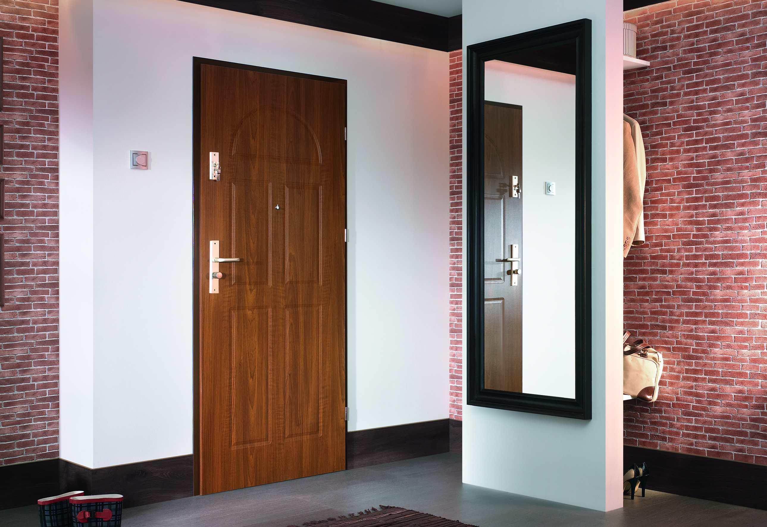 Отделка деревянных дверей панелями мдф - папа карло