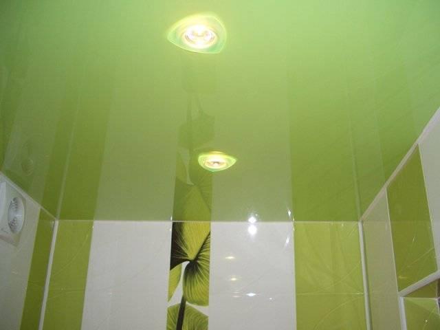 Потолок в ванной комнате: сравнение и выбор лучшего