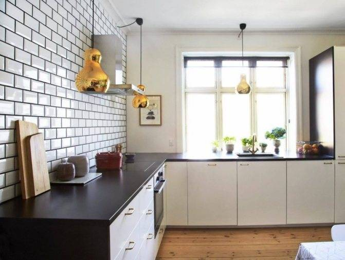 Плитка «кабанчик» на фартук кухни (42 фото): укладка плитки под кирпич, варианты раскладки для матовой плитки