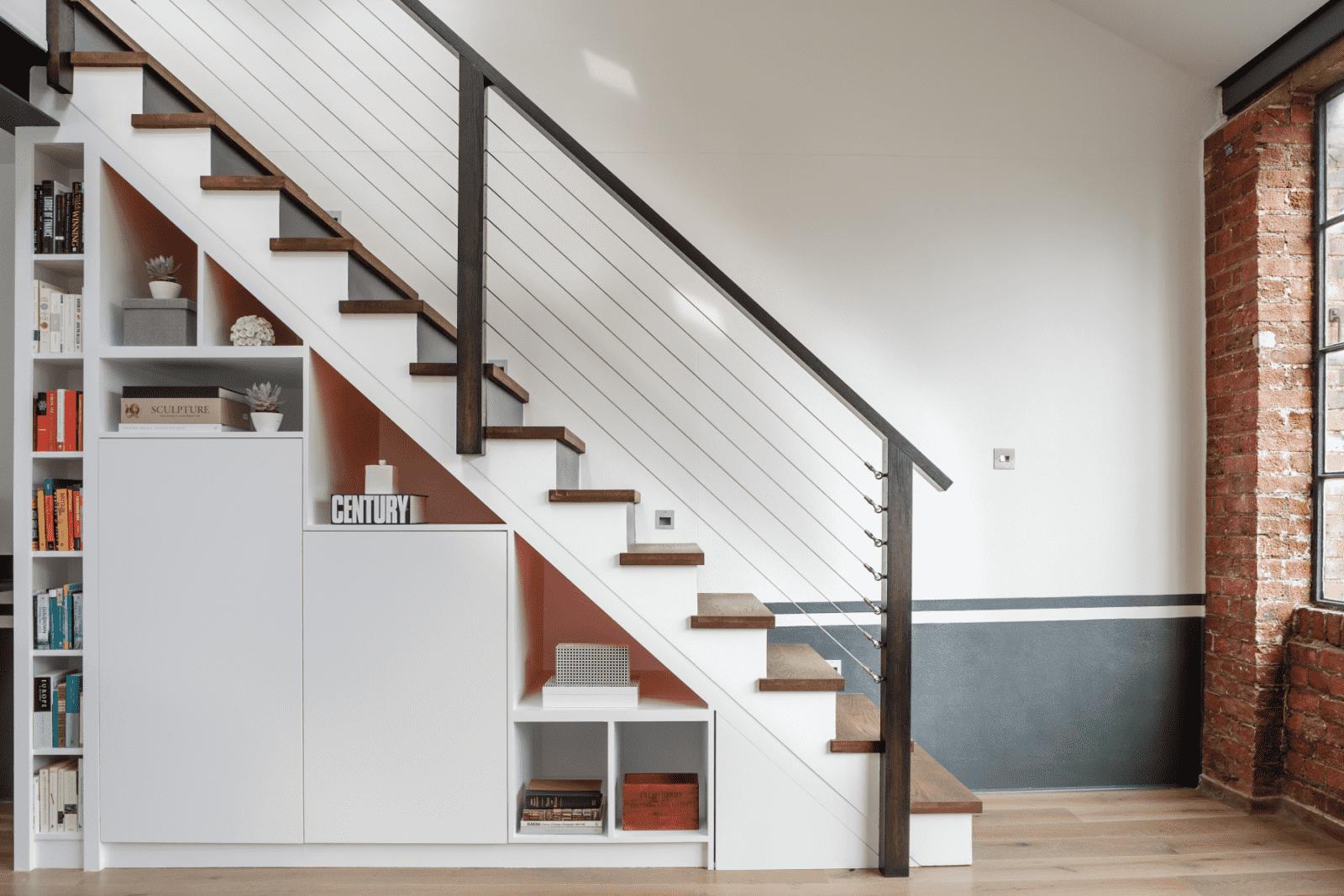Подсветка лестницы в доме: реальные фото и примеры освещения
