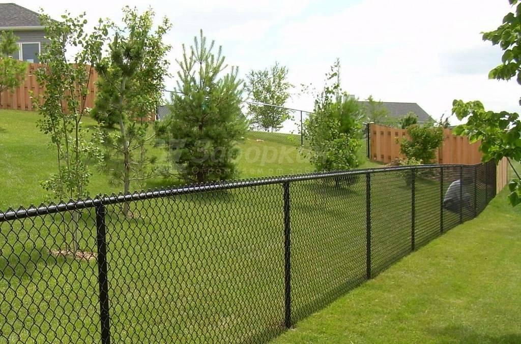Как сделать забор из сетки-рабицы – советы специалиста – свой дом мечты