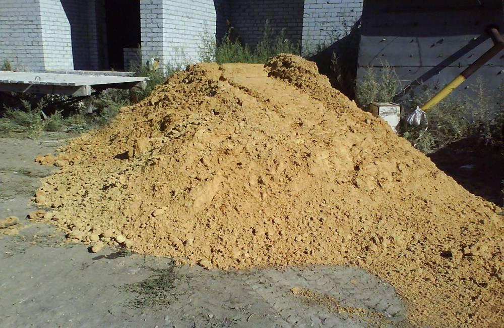 Песок (38 фото): виды и фракции, мелкий и крупный природный песок, его классификация по госту, химический состав горной породы