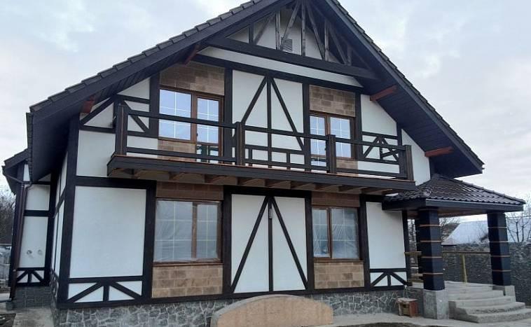 Дома в стиле «фахверк» (77 фото): отделка снаружи и внутри, проекты каркасных домов в немецом стиле, особенности технологии строительства