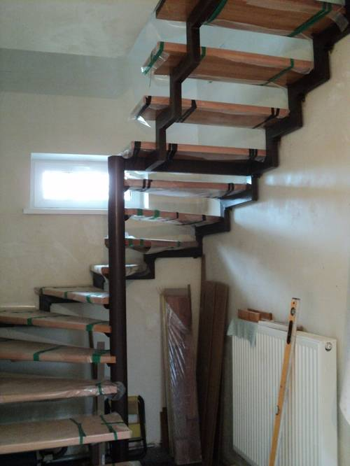 Лестница из профильной трубы: расчет и самостоятельная сборка