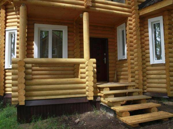 Чем покрасить лестницу из сосны в доме: правила и выбор лучшего состава